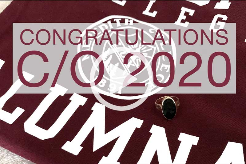 Alumnae Sign that says congratulations class of 2020