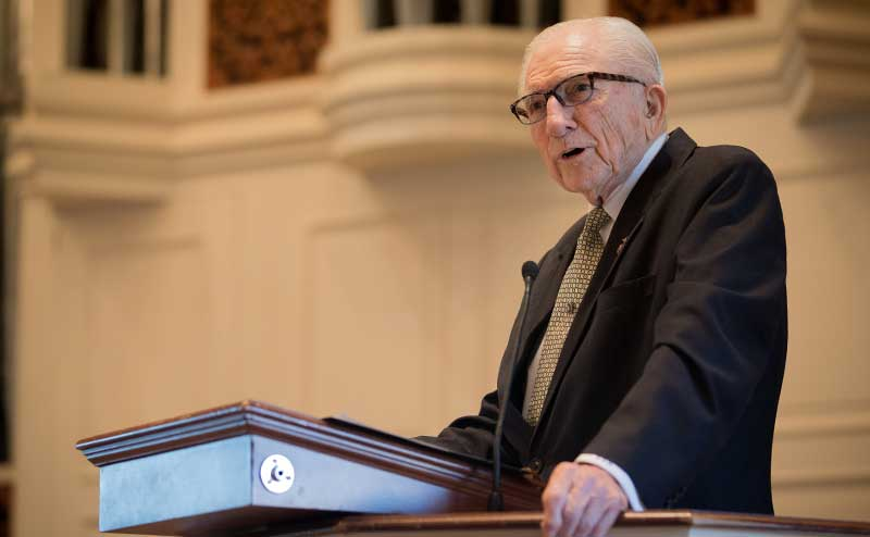 Former Meredith College President Bruce Heilman speaks in Jones Chapel in November 2018