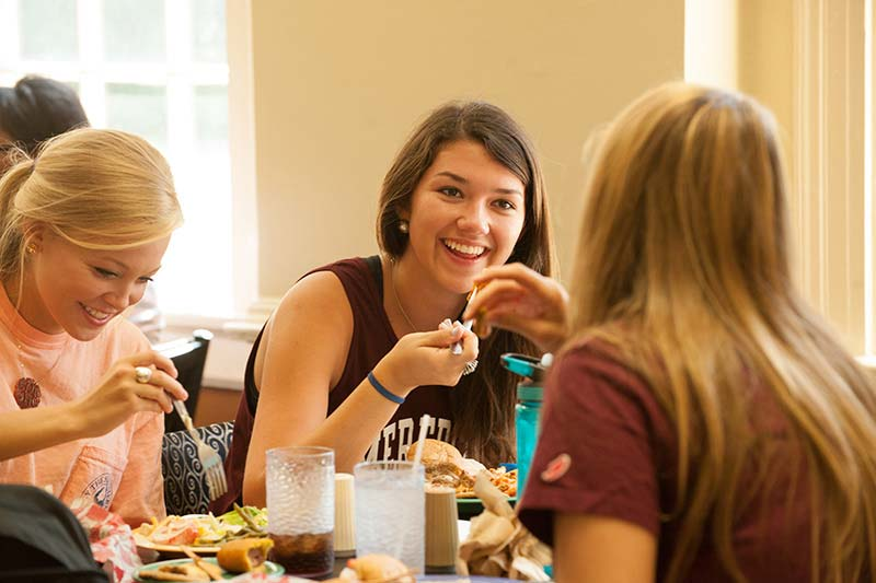 Students Eating in Belk Dining Hall
