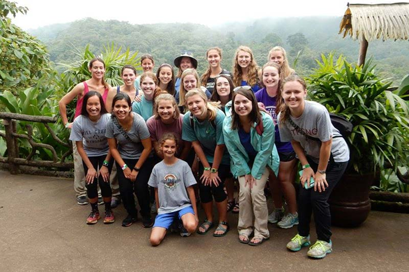 Meredith students in the 2017 Summer Costa Rica Study Abroad Program