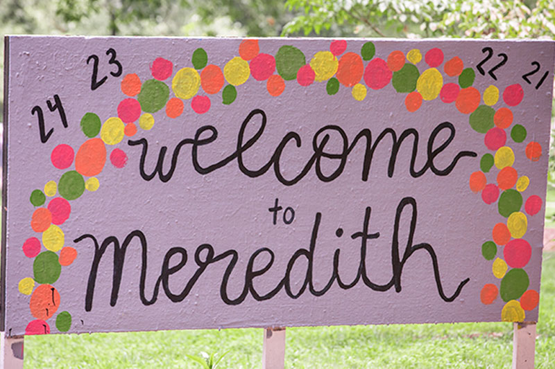 Welcome to Meredith sign with class years