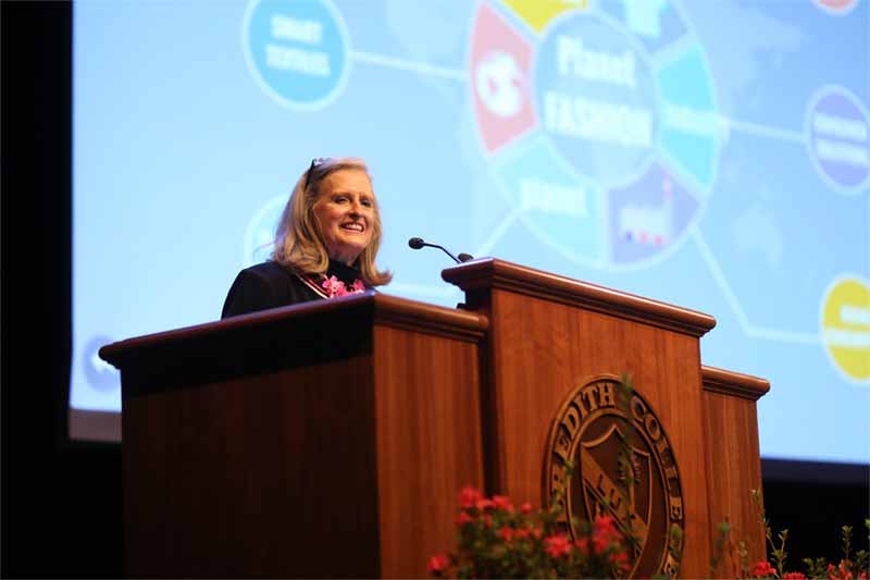 Faculty Distinguished Lecture Explores Fashion Industry Impact on Environment